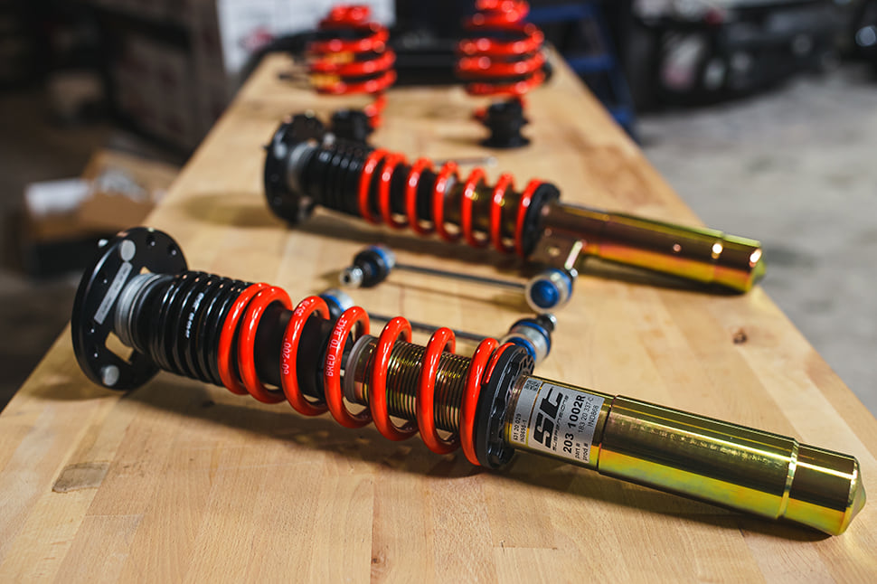 Make it yours: All ST XTA plus 3 kits are also with different colors of the suspension springs available.